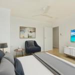 Virtual Staging / Furniture  -EG2